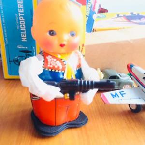 Tin Toy China Shooting Boy MS 576 with key