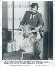 1975 Wire Photo Actors Richard Johnson Hugh Moxey in Movie Hennessy
