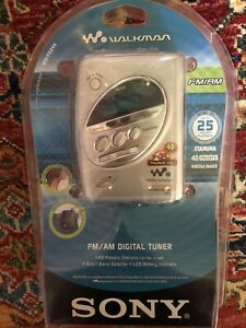 Sony Walkman Mega Bass Cassette Player FM AM 40 Presets WM-FX244 SEALED