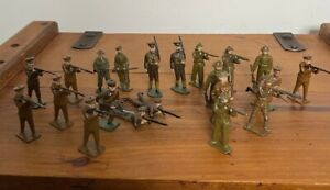 21 X ANTIQUE JOHN HILL & CO & BRITAINS WWI BRITISH TOMMY LEAD SOLDIERS