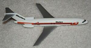 Air Jet 1/200 Western Airlines Boeing 727-200 Desktop Model Airplane - no stand