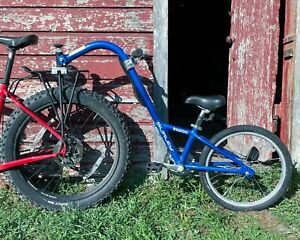 Burley Kazoo Single Speed Bicycle Trailer - Blue