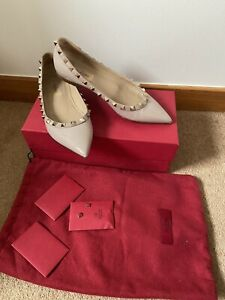 Valentino Shoes Size 4.5