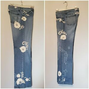 WHBM Embroidered Jeans Cottage Floral Relaxed Straight Blue sz 8 Women 33 x 31