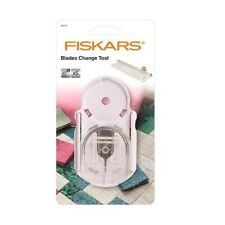 Fiskars Blades Change For Tool Rotary Cutter & Ruler Combo