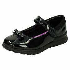 63c8216572b0  Girls Gloforms By Clarks  Bow Trim School Shoes Mariel Wish Inf.