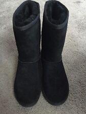Minnetonka Olympia Womens Black Boots Size 9 New In Box