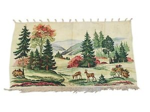 749 - Beautiful Handmade Vintage Fine Wool Needlepoint Tapestry Wall Hanging.