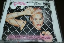 PINK    DONT LET ME GET ME    CD    2002