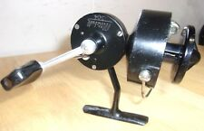 moulinet  Mitchell CAP noir (304 Taille ) spinning reel Fishing Reel 1940 /1960