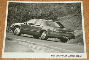 1990 CHEVROLET LUMINA SEDAN - 8x10 car press photo