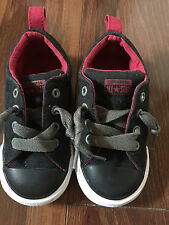 boys CONVERSE BLACK RED GRAY SNEAKERS euc LOW TOP NO TIE shoes toddler SIZE 8
