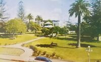 1940s view of Oxnard plaza car California vintage postcard a2-166