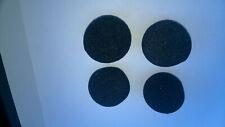 4 Balles de manipulation en mousse de couleur noire diamètre 4 centimètres