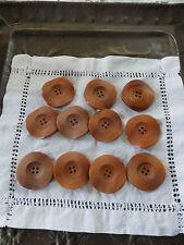 lot====ancien napperon+  11 gros  boutons bois  4 cm= a saisir !!!
