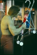 "Set Of 2 Incredible Hulk 7"" x 5"" Photo Prints  Lou Ferrigno"