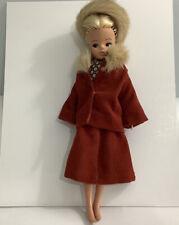 Vintage 1970s Sindy 033055X    2 GEN 1077- In Original Fur Trimmed  Outfit  (G1)