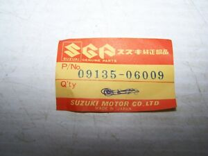Suzuki   09135-06009   BOLT