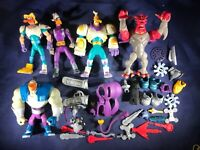A3-72 DISNEY ANAHEIM MIGHTY DUCKS ACTION FIGURES - LOT OF FIGURINES AND PARTS