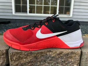 Mens Nike Metcon 2 University Red,Black,White Athletic Shoe Size 10 M 819899-610