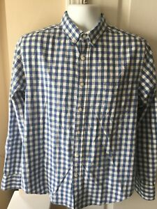 Reed Edward Men's size Medium Blue White Plaid Long Sleeve Button Down Shirt