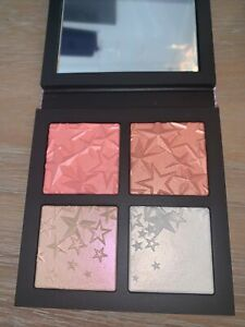MAC  Star-Dipped Face Compact Light Poids 0.12oz  New In Box