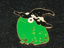 Frog Witch Pin Broach Button #Lcps