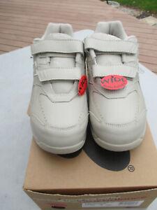 """Men  """"New Balance 575 AL-1 Health Walk Sneakers""""  7 1/2 EEEE / New In Box"""