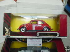 1:18 SCALE MODEL OF THE FAMOUS 1967 VW BEETLE IN RED