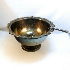 1847 ROGERS BROS, HERITAGE SILVERPLATE PUNCHBOWL, With Ladle