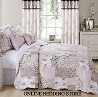 Beautiful Floral Vintage Patchwork (Zurich) Quilted Bedspread & 2 Pillow Shams