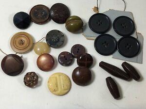 Lot of 22 Antique Vintage Large Plastic Lucite Celluloid Buttons mix color size