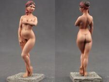 Tin toy soldiers  painted 54 mm Roman girl