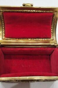 Vintage Heavy Treasure Chest ? Antique Jewelry Trinket Box Gold Tone ? Brass VTG