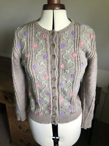 Beige Hand Made Wool Embroidered Cardigan 1940s 1950s Vintage