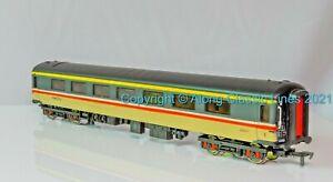 Dapol E13  ,OO Gauge, MK2D Open First Coach, Intercity Excutive livery