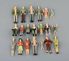 20pcs 1:25 G Scale Painted Standing Sitting People Figures Persons Model Layout