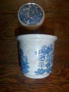Ringtons Tea, Newcastle-upon-Tyne, Masons. Willow Pattern Tea Caddy. Blue +white