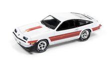 1/64 JOHNNY LIGHTNING CLASSIC GOLD 2A 1980 Chevrolet Monza (Gloss White)