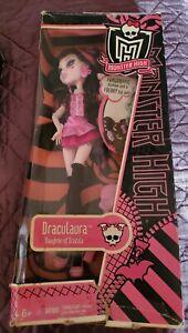 Original Monster High 1st First Wave Draculaura Retired NRFB NIB Doll Umbrella