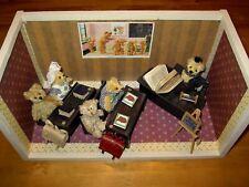 Sehr schöne kleine Teddybärenschule mit viel Zubehör über 20 Teile