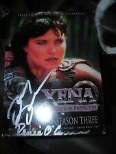 AUTOGRAPHED SIGNED LUCY LAWLESS/ RENEE O'CONNOR XENA SEASON 3 DVD BOX SET