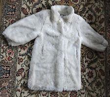 Manteau blanc imitation fourrure