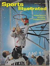 Sports Illustrated 1963 CINCINNATI BEARCATS Champions LARRY SHINGLETON No Label