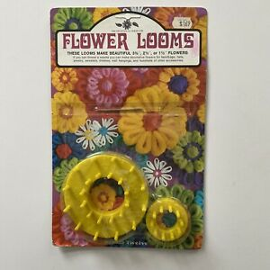 Vintage Bucilla Flower Looms - NOS - With Needle and Instructions - 1971 Sealed