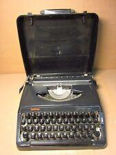 Brother Typewriter 220 Deluxe QWERTZU Deutsch  Germany Keyboard Black Schwarz