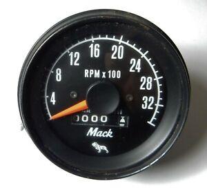 NOS UNUSED VINTAGE MACK TRUCK RPM GAUGE tachometer