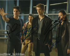 Tomorrow People List Robbie Amell Mitchell Yoo Autographed Signed 8x10 Photo COA