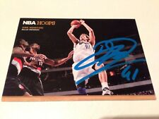 Dirk Nowitzki 2012 Panini NBA Hoops Handsigned Autograph on Card #20 Dallas Mavs