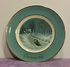 "Avon Plate Christmas 1976 ""Bringing Home the Tree"" Enoch Wedgewood England Blue"